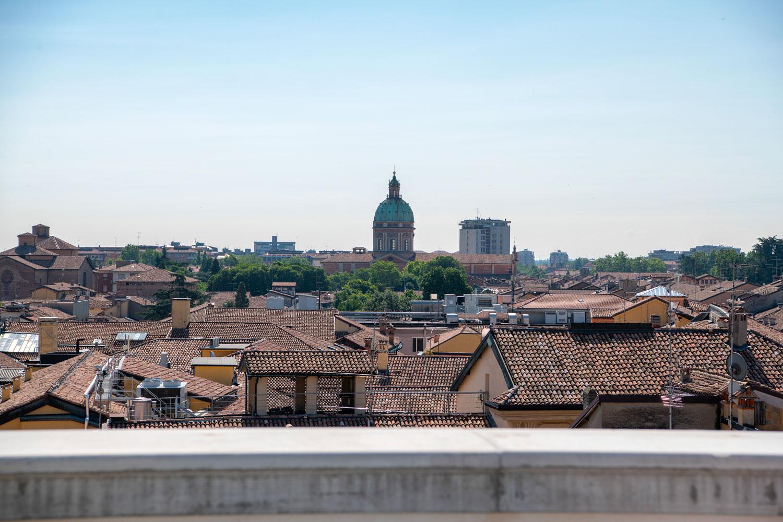 Palazzo Busetti vista balcone reggio emilia