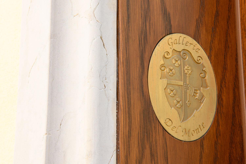 Palazzo Busetti particolare stemma